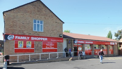 Family Shopper fascia store